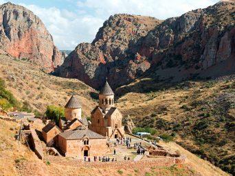 Geheimnisvoller Kakausus Kloster Noravank Slider 342x257