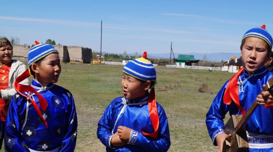 Kinder aus Tuva