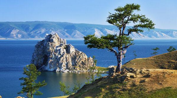 Wüste und See Mongolei