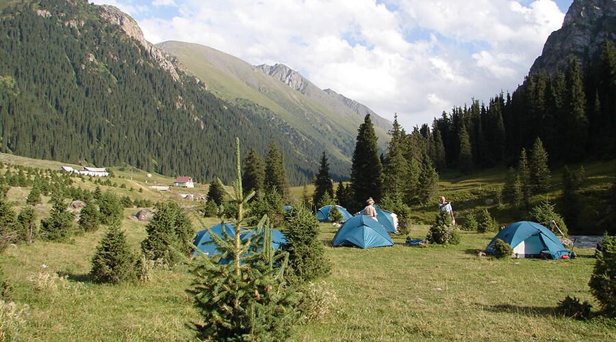 Zeltplatz Wandertour Kirgistan